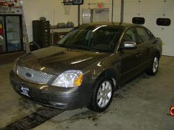 FIREFYTRs 2005 Ford Five Hundred