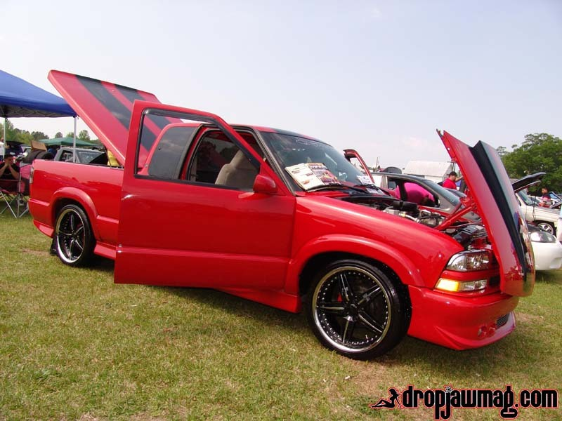 2001 chevy s10 extended cab subwoofer box