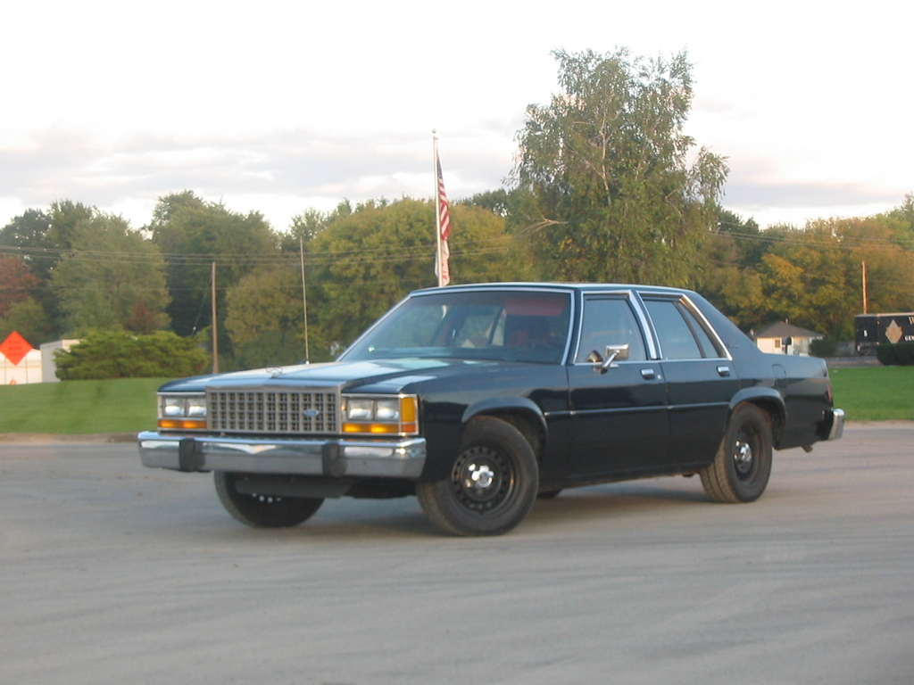 1987cp's 1987 Ford LTD Crown Victoria
