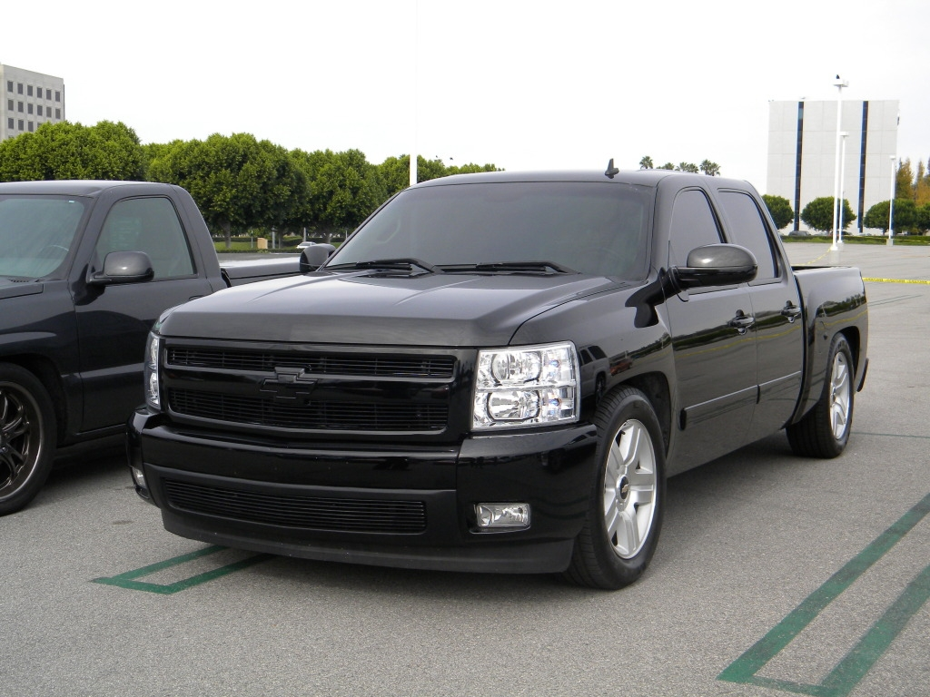 javzh 2008 chevrolet silverado 1500 crew cab specs photos modification info at cardomain. Black Bedroom Furniture Sets. Home Design Ideas
