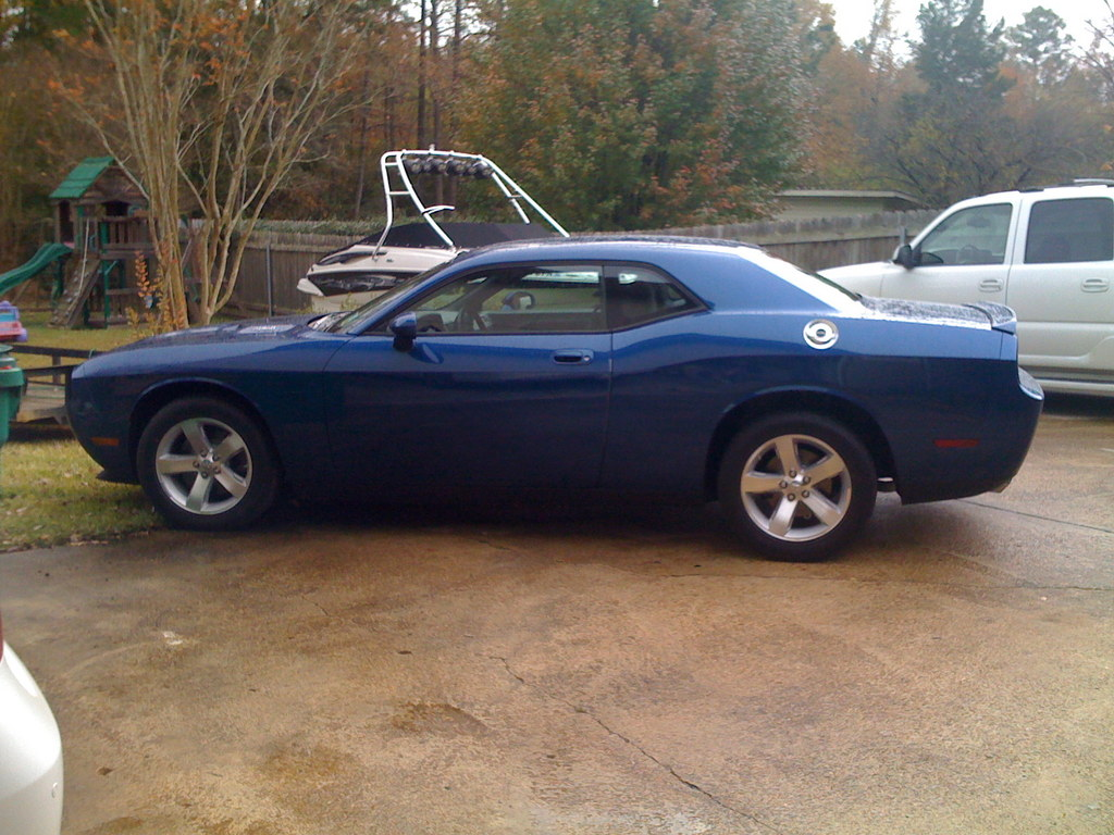 chris1992 2009 Dodge Challenger 12519900