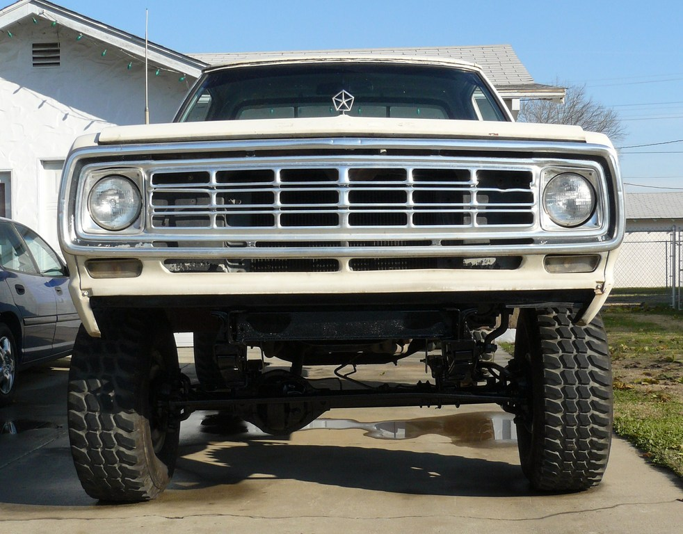 moparwagon75's 1975 Dodge Power Wagon