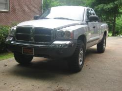 05dakotaSLT4X4 2005 Dodge Dakota Regular Cab & Chassis