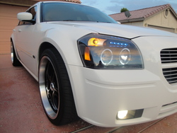 YouDaMans 2007 Dodge Magnum