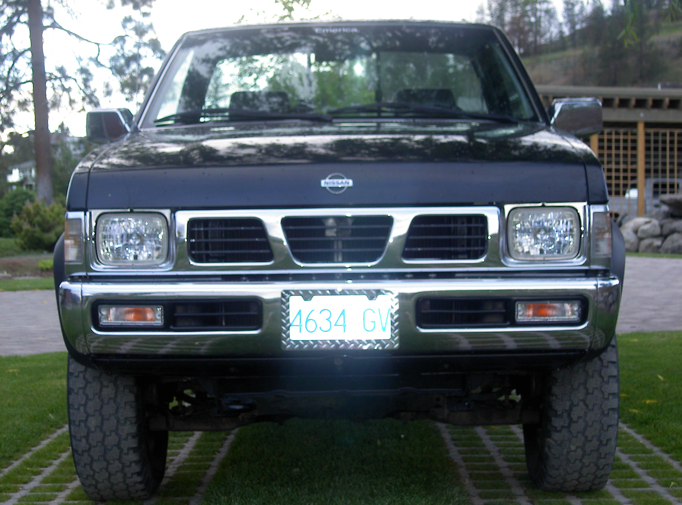 Another sykop 1995 Nissan Regular Cab post... - 12732039