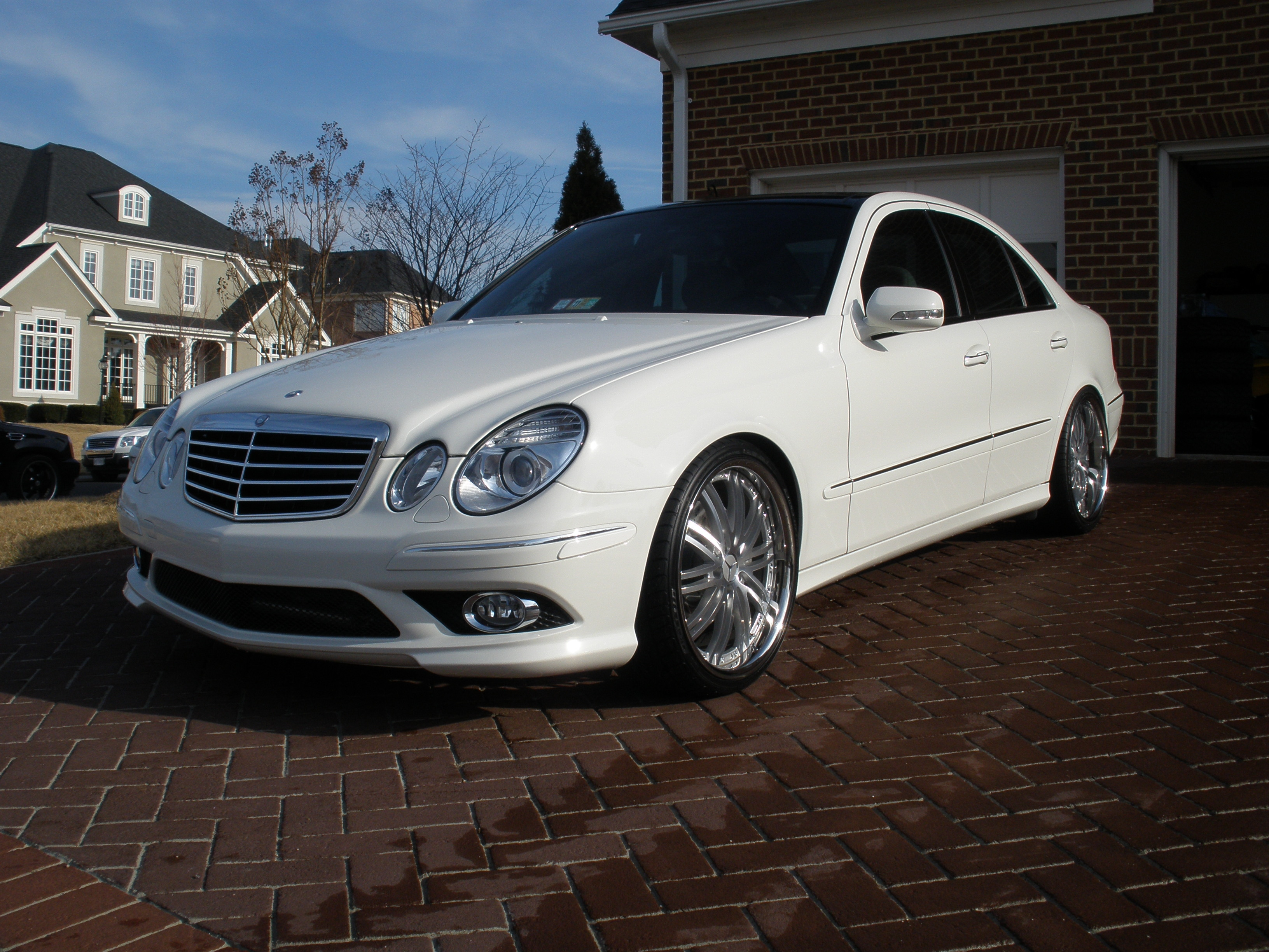 Another buynsll 2009 Mercedes-Benz E-Class post... - 12547756