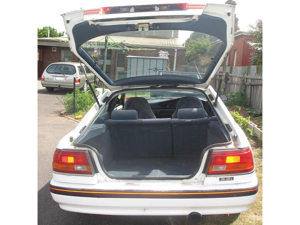 Another narcarsiss 1990 Mazda 626 post... - 12544674