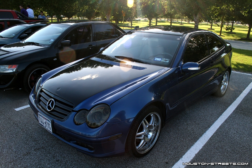 valexv 39 s 2002 mercedes benz c class in tomball tx. Black Bedroom Furniture Sets. Home Design Ideas