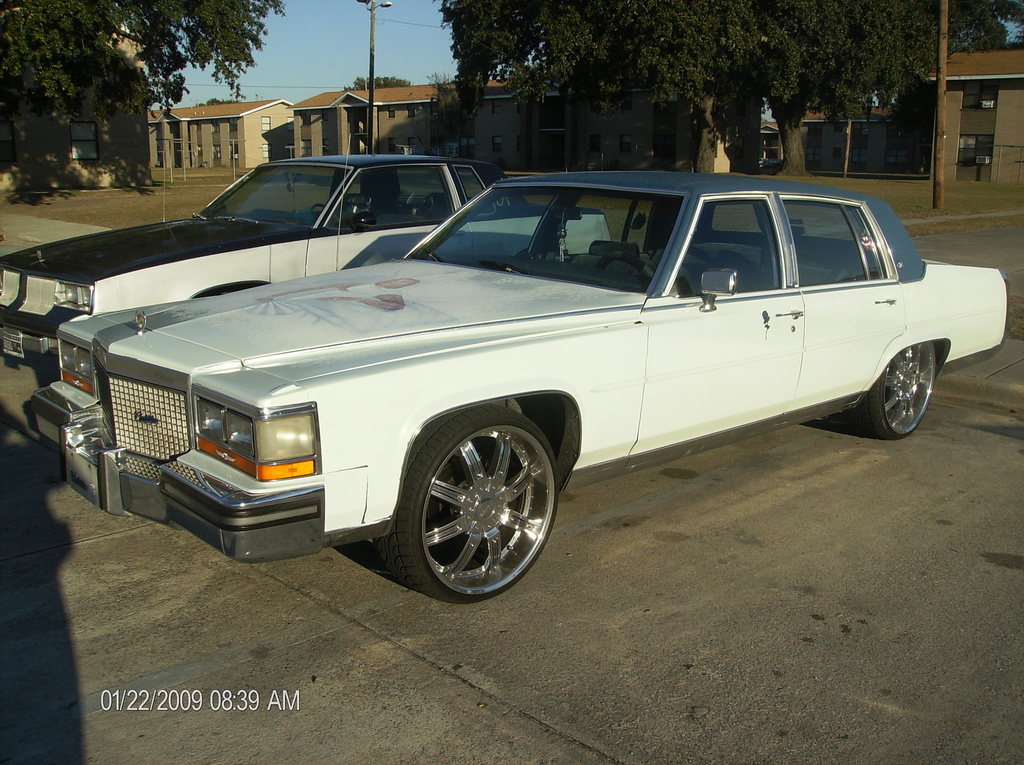 Another Catherine2115 1988 Cadillac Fleetwood post... - 12545663