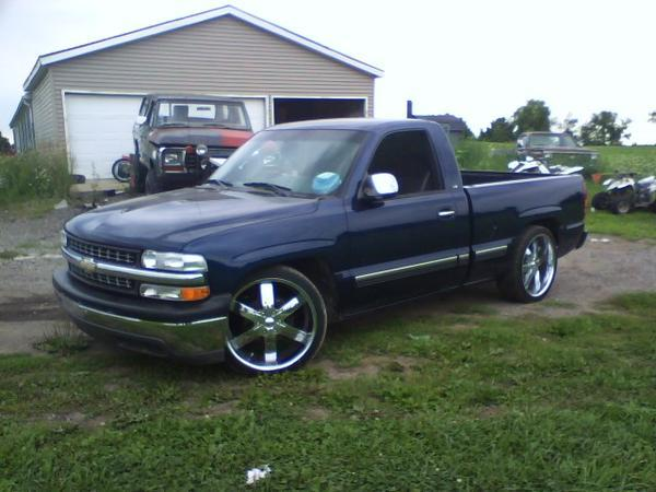 bLueZ_cLueZ 2002 Chevrolet Silverado 1500 Regular Cab