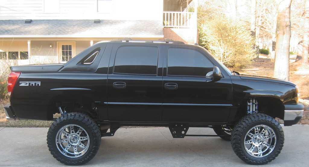 cholo1212 2004 chevrolet avalanche specs photos. Black Bedroom Furniture Sets. Home Design Ideas