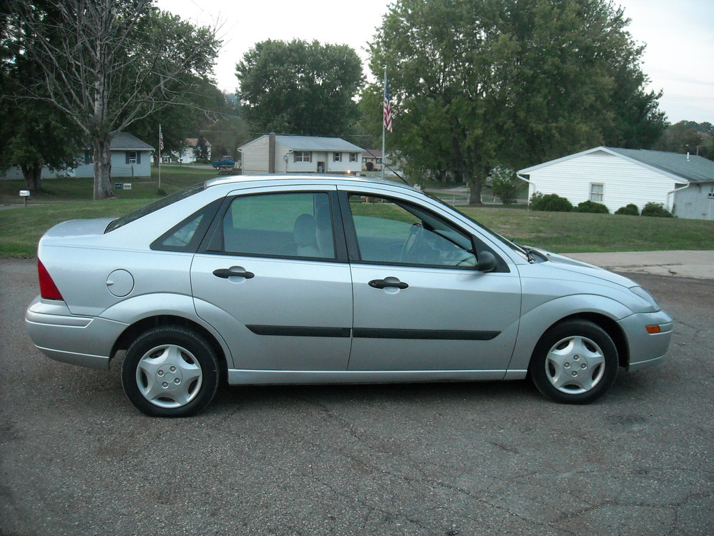 Brandonclipner 2003 Ford Focus Specs Photos Modification