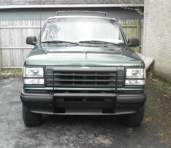 leadfoot6969 1993 Ford Explorer Sport