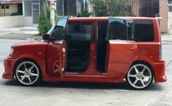 ROLYXBs 2004 Scion xB