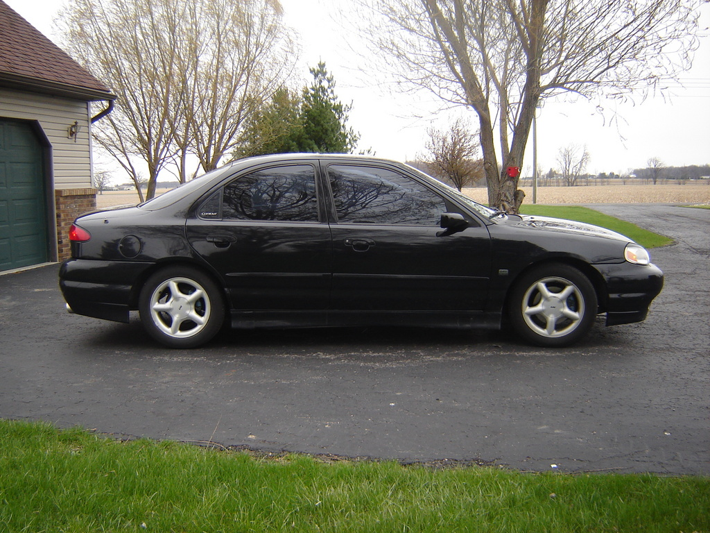 pipedsvt 39 s 1998 ford contour in lima oh. Black Bedroom Furniture Sets. Home Design Ideas