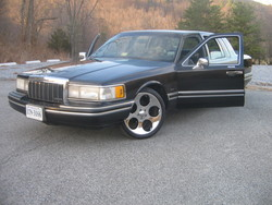 felon013s 1991 Lincoln Town Car