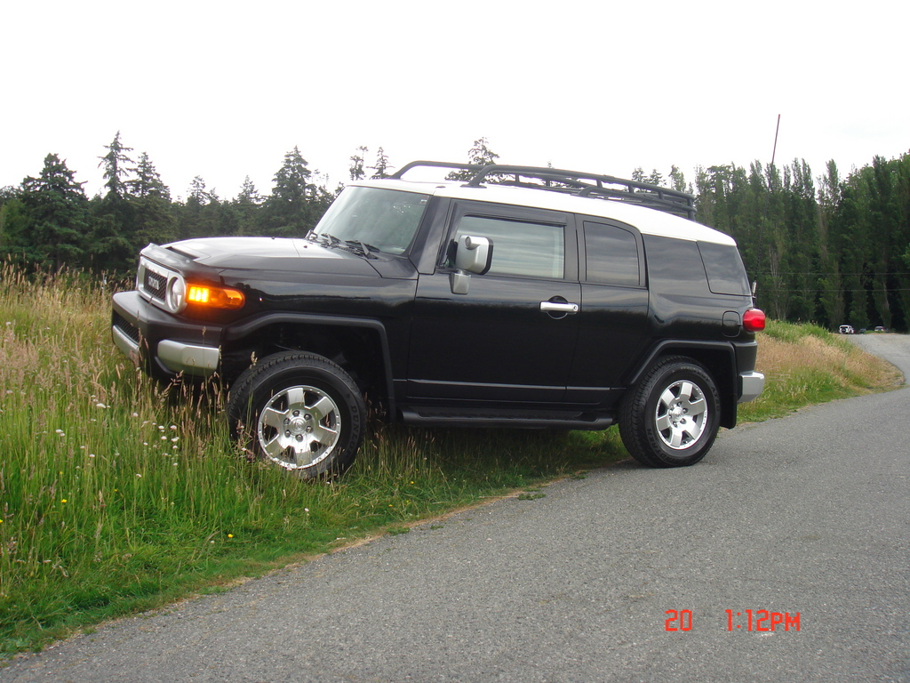 iwrdesigns 2007 toyota fj cruiser specs photos modification info at cardomain. Black Bedroom Furniture Sets. Home Design Ideas