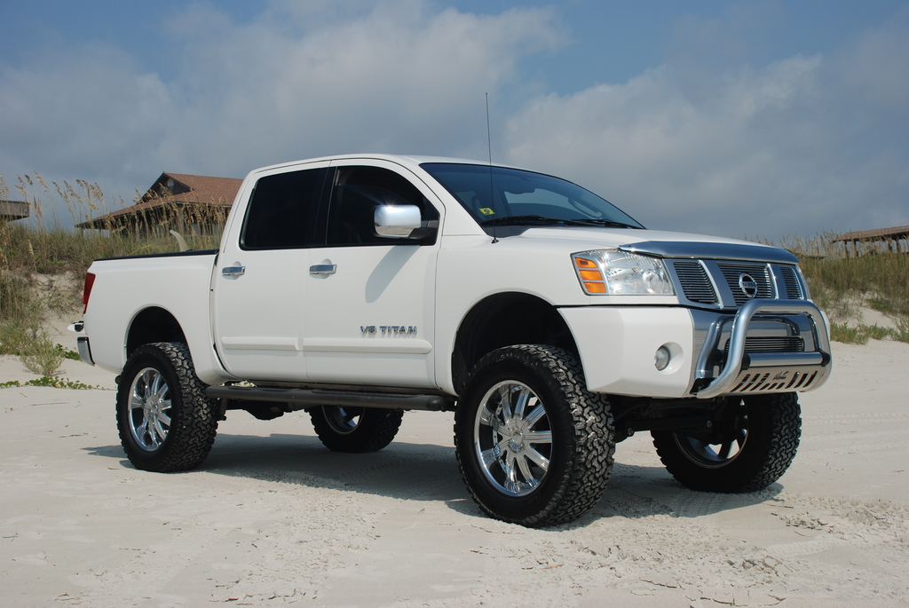 titonup 2005 nissan titan crew cab specs photos. Black Bedroom Furniture Sets. Home Design Ideas