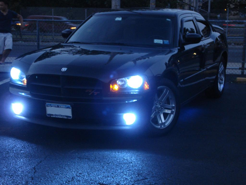 prmale 2006 Dodge Charger 12568586