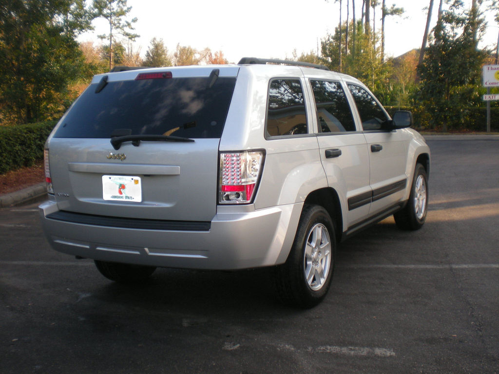 BOSSLowPro 2006 Jeep Grand Cherokee 12566784