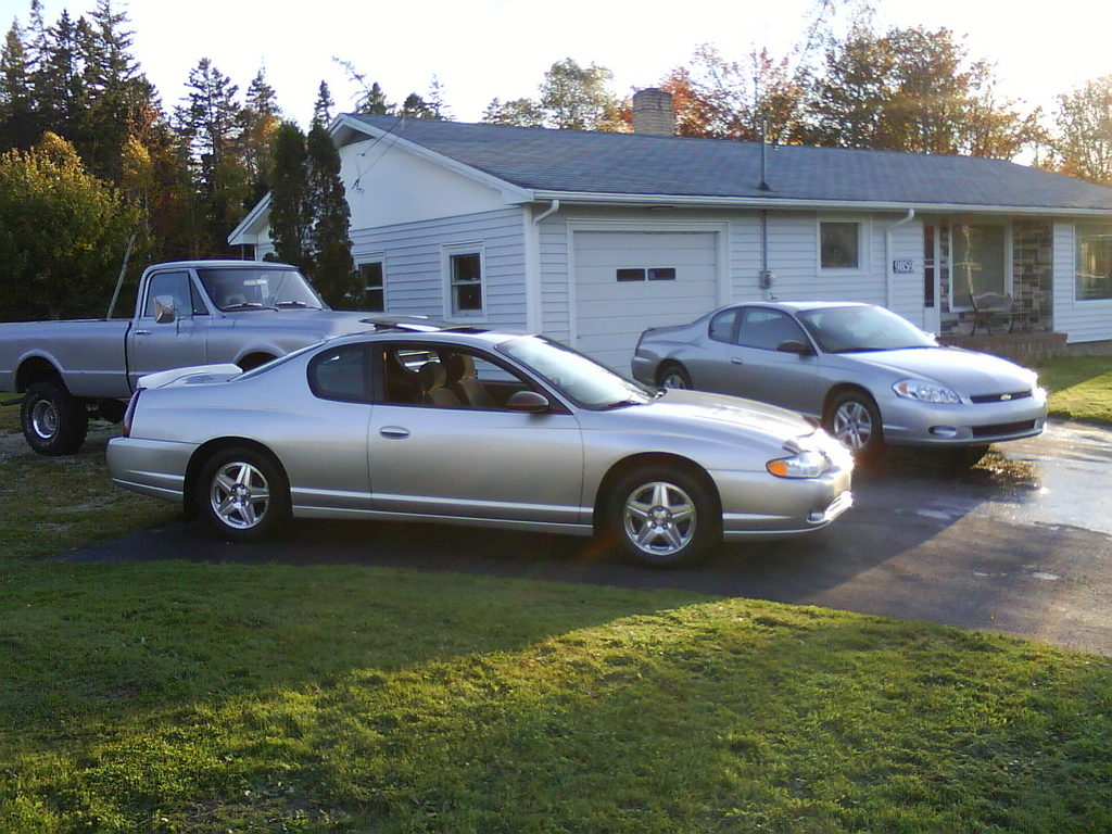 dw350 39 s 2005 chevrolet monte carlo in arcadia ns. Black Bedroom Furniture Sets. Home Design Ideas