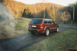 esplorer 2009 Jeep Grand Cherokee