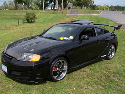 BLK04TIBs 2004 Hyundai Tiburon