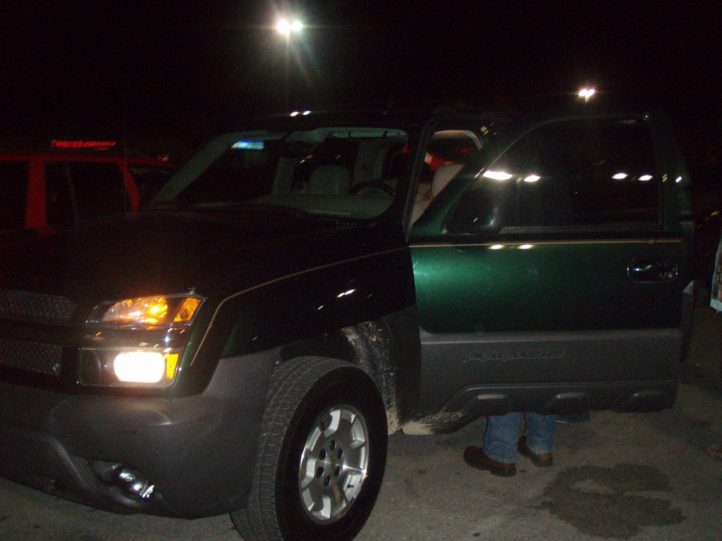 bigjms 2004 Chevrolet Avalanche Specs Photos Modification Info