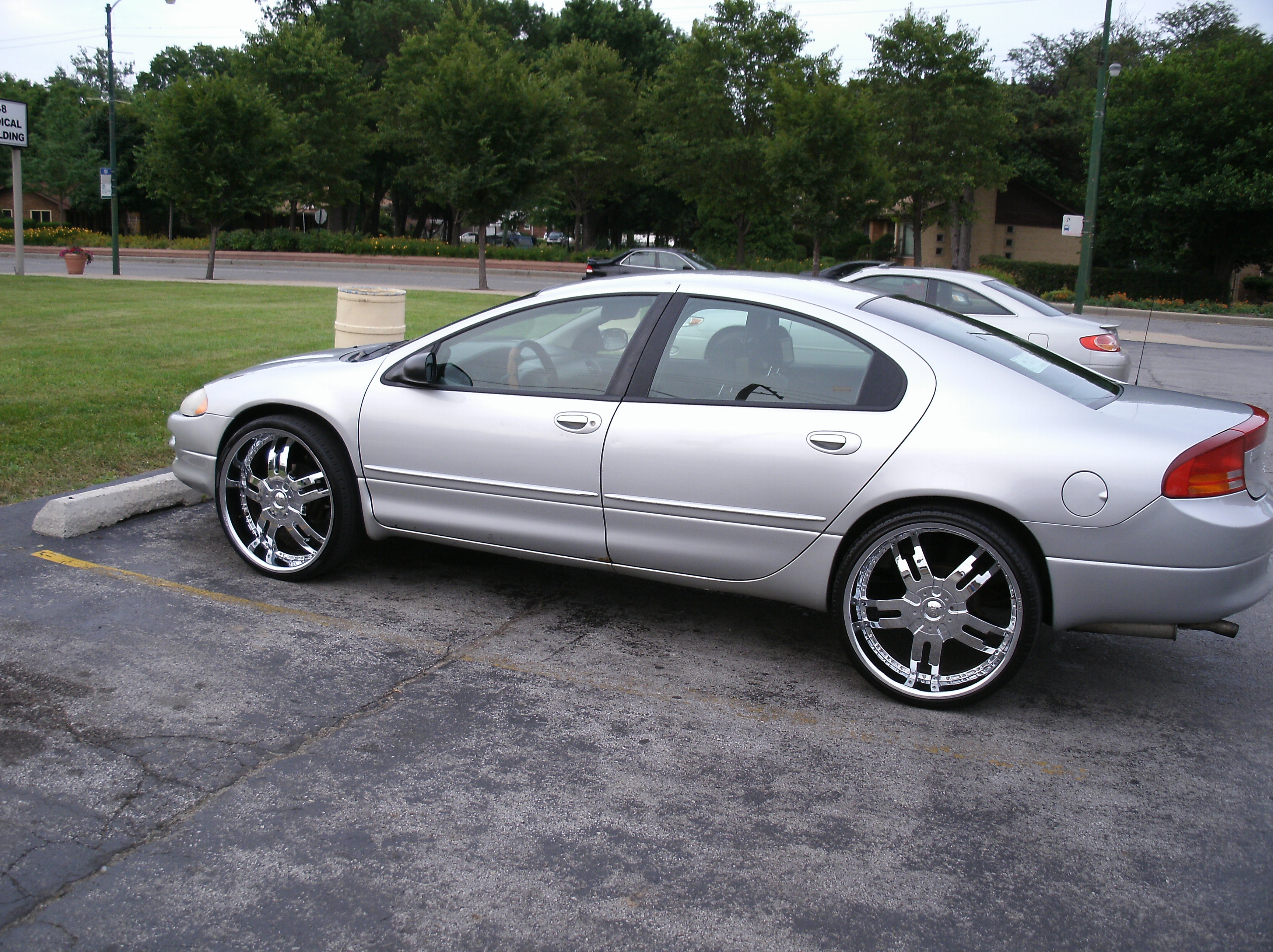 thatdude24 2001 Dodge Intrepid 13133551