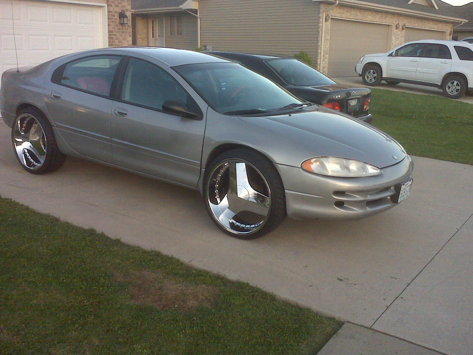 thatdude24 2001 Dodge Intrepid 13133568