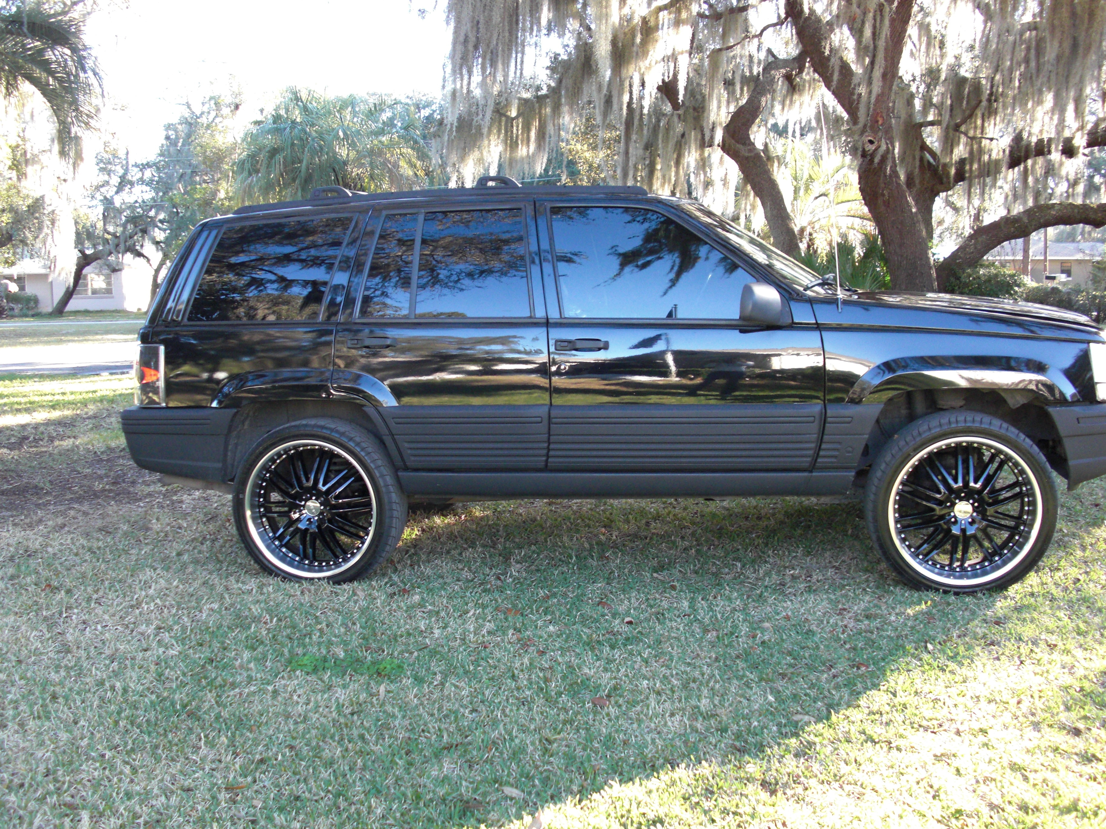 kickmyjeep 1995 jeep grand cherokee specs photos modification info at cardomain. Black Bedroom Furniture Sets. Home Design Ideas