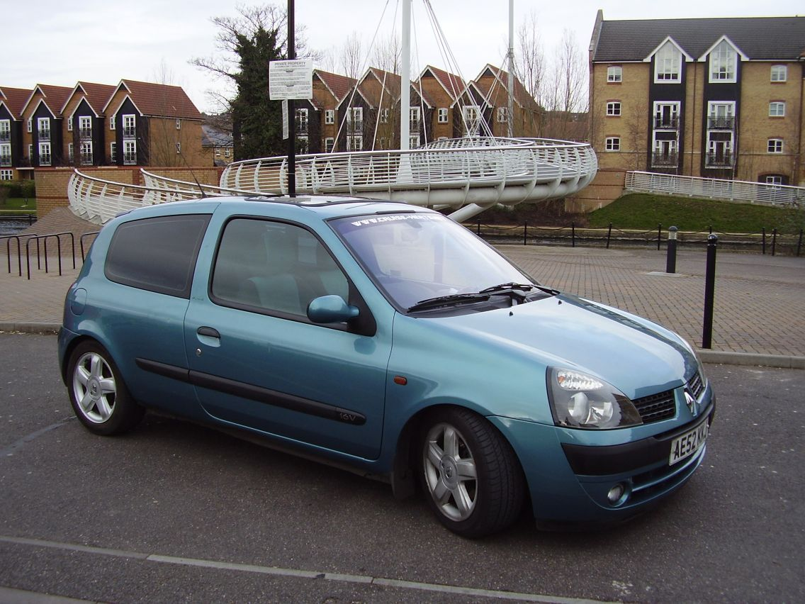 clio andy18 2002 renault clio specs photos modification info at cardomain. Black Bedroom Furniture Sets. Home Design Ideas