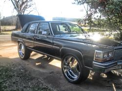 LacOn4ss 1989 Cadillac Fleetwood