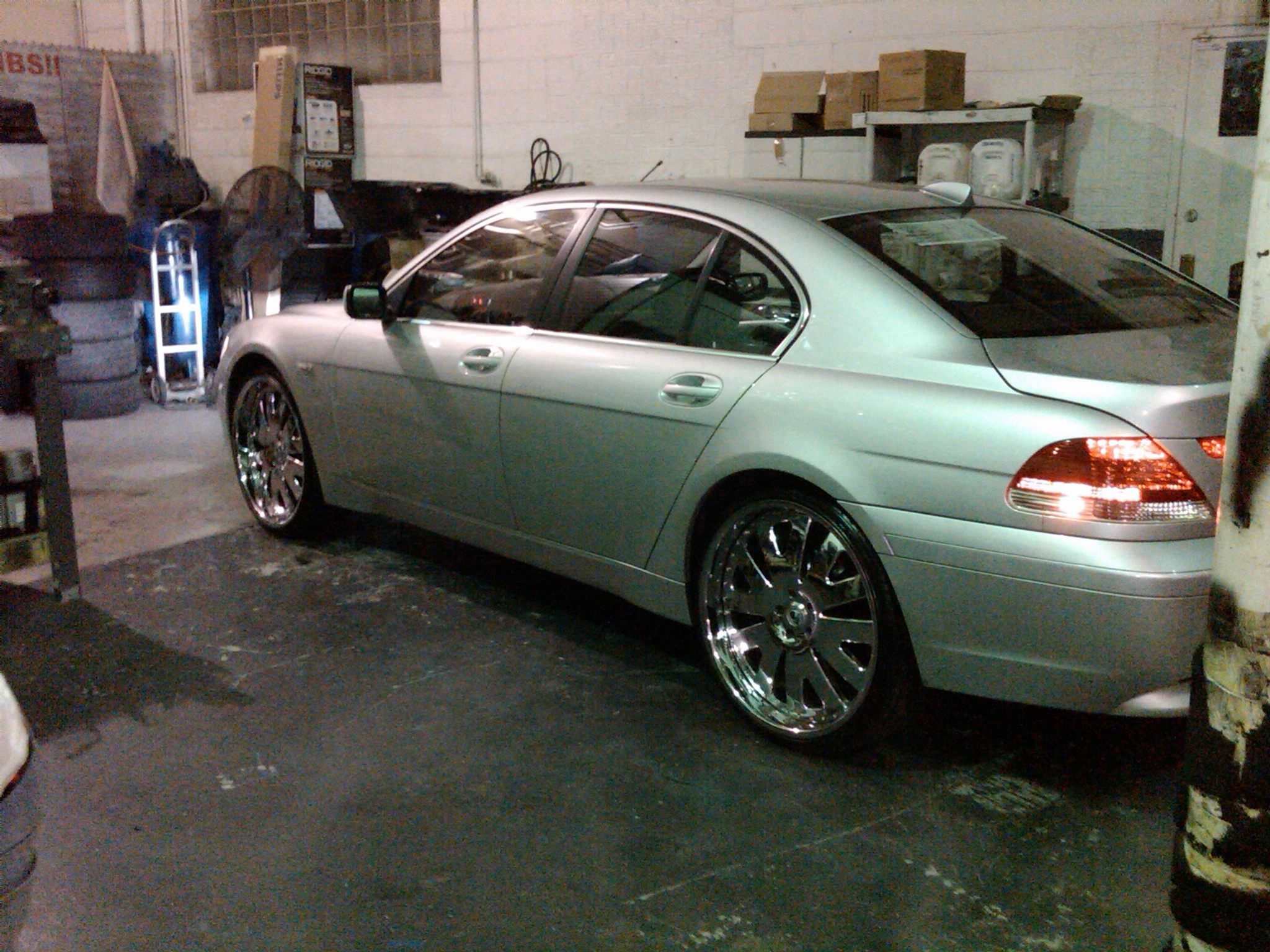OnlyPairMade 2003 BMW 7 Series 12626467