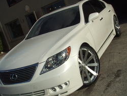 LION_MOTORINGs 2008 Lexus LS
