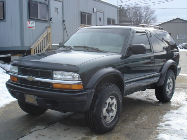 ronducharme 2002 Chevrolet S10 Blazer Specs, Photos