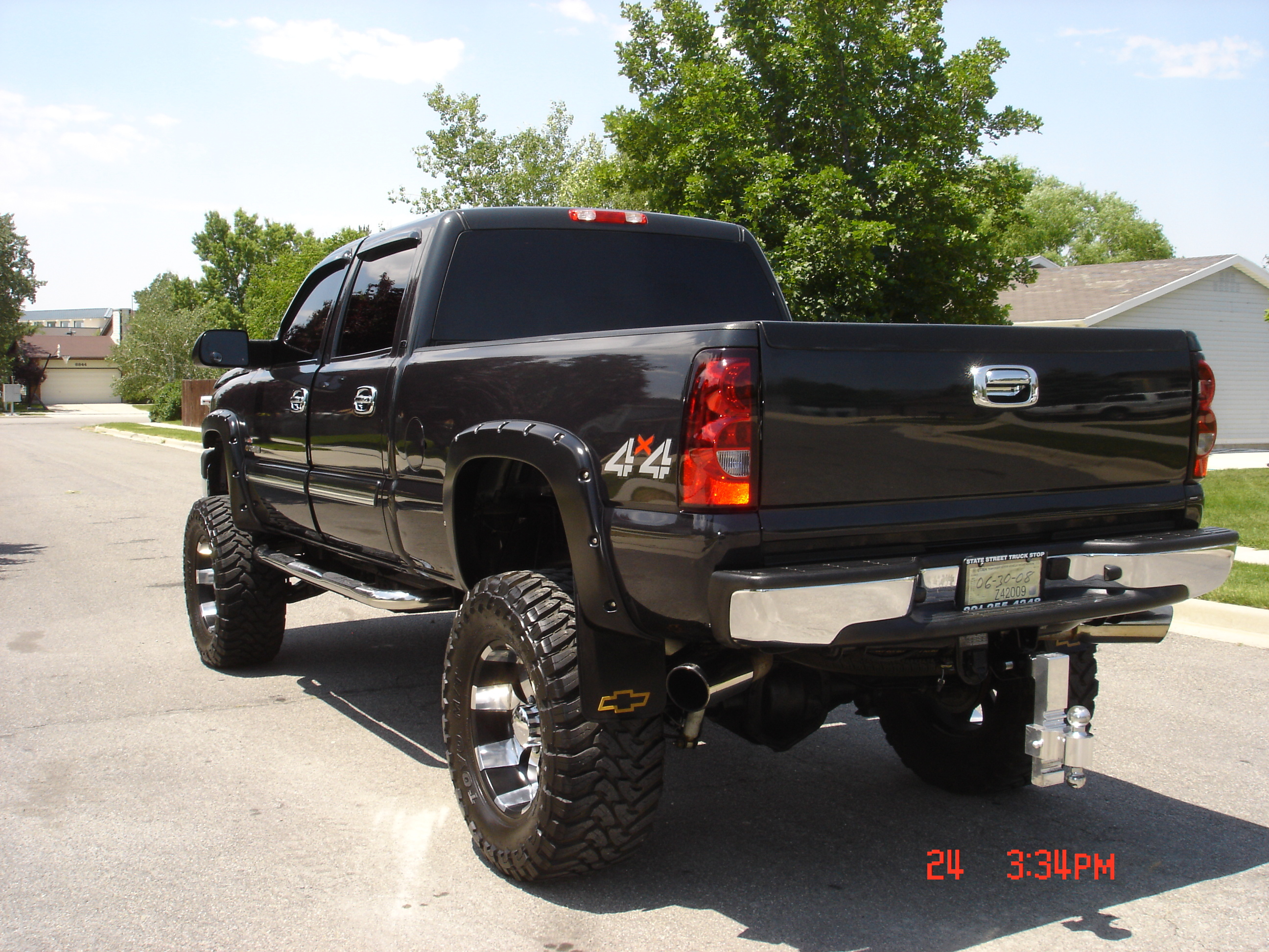 kuddyshack 2005 chevrolet silverado 2500 hd crew cab specs photos modification info at cardomain. Black Bedroom Furniture Sets. Home Design Ideas
