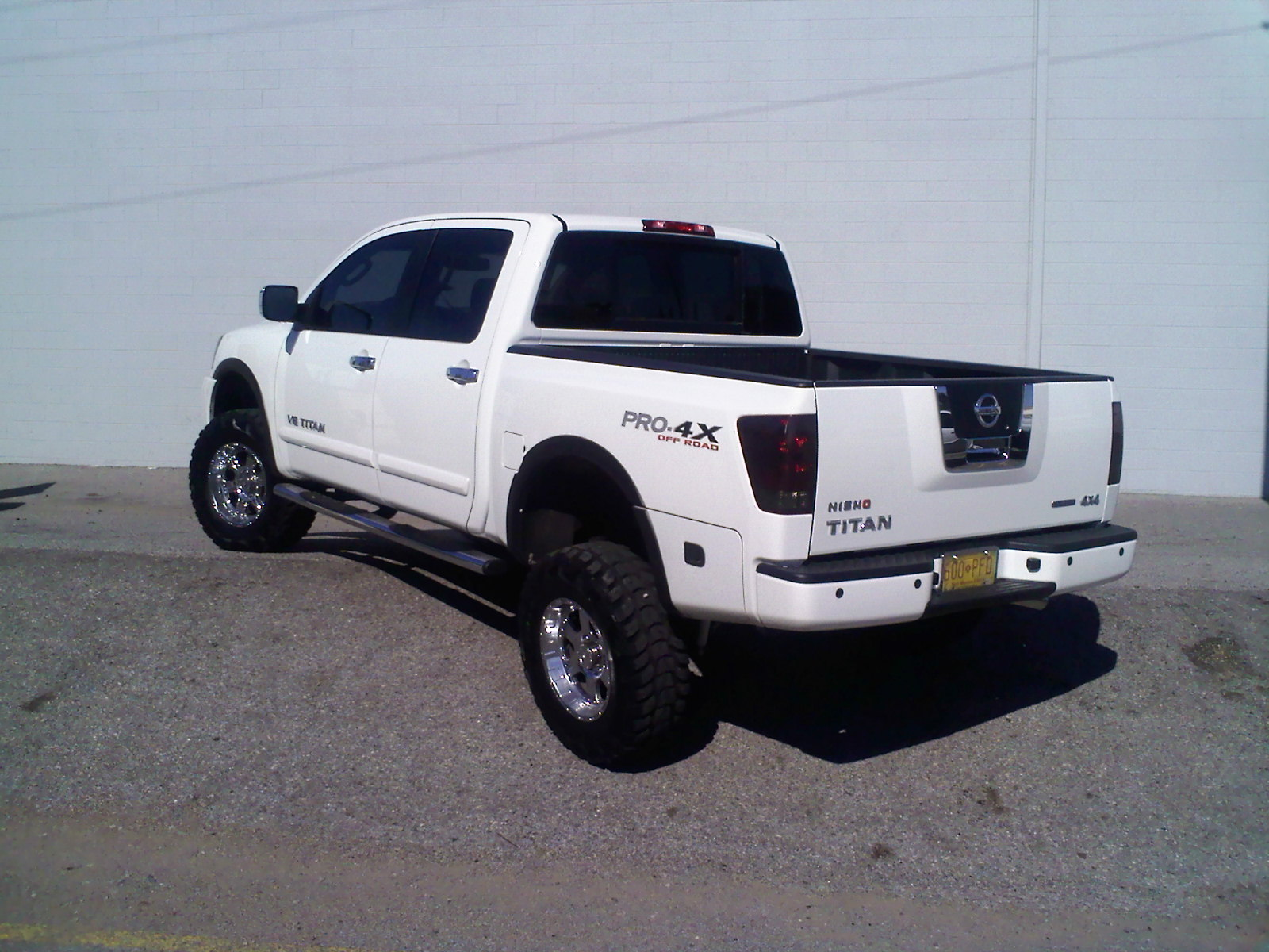 High Quality Kp5401 2008 Nissan Titan Crew Cab 32441610001_original ...