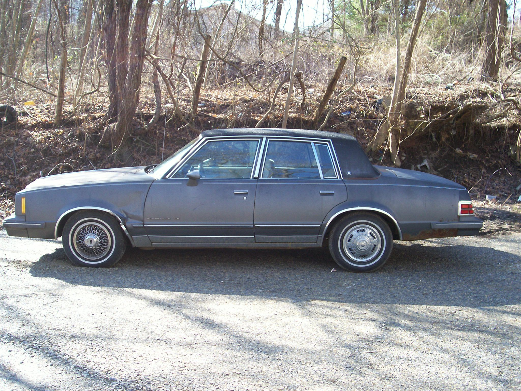 chevypower383's 1985 Pontiac Bonneville