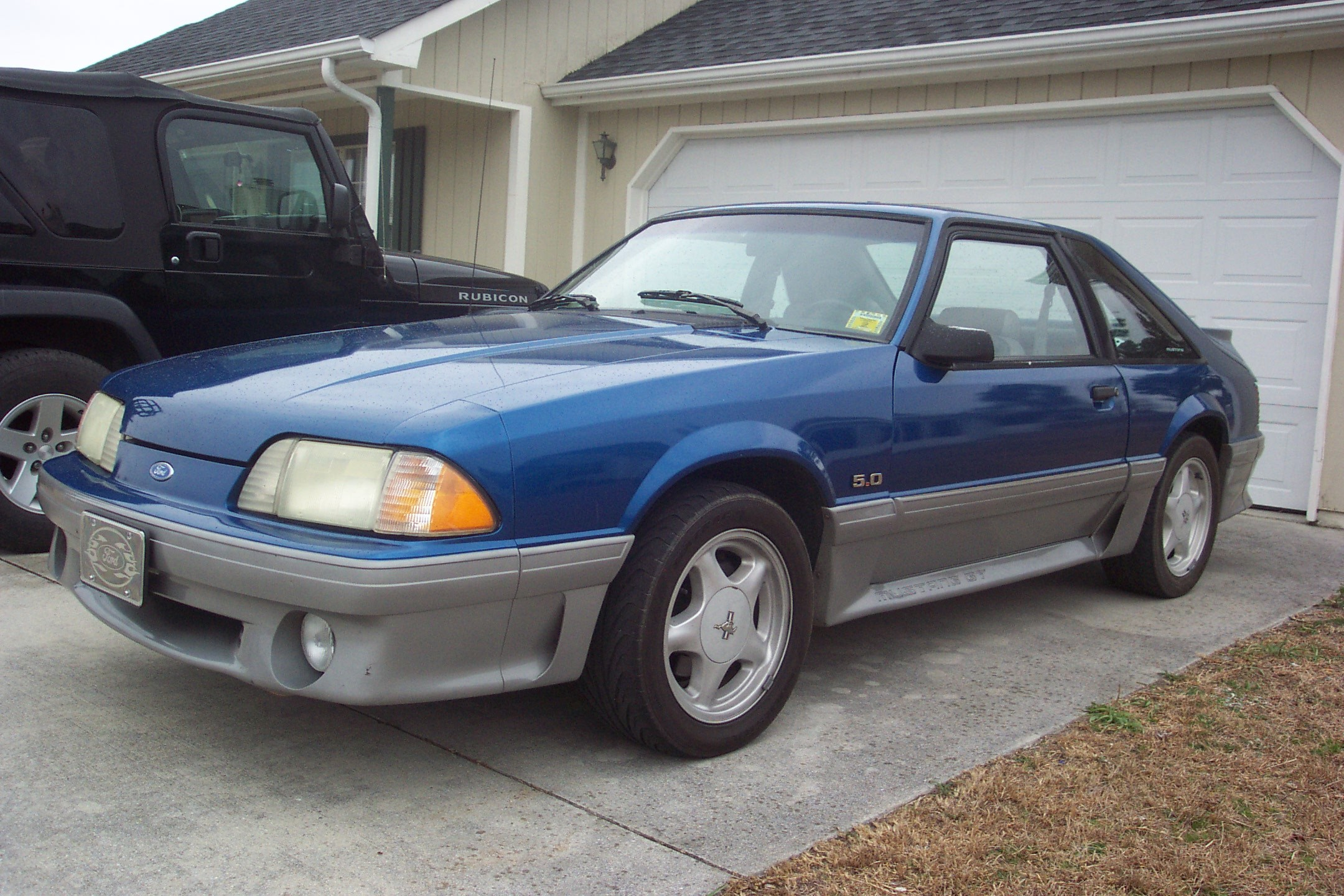 Foxy92 1992 Ford Mustang 12663608
