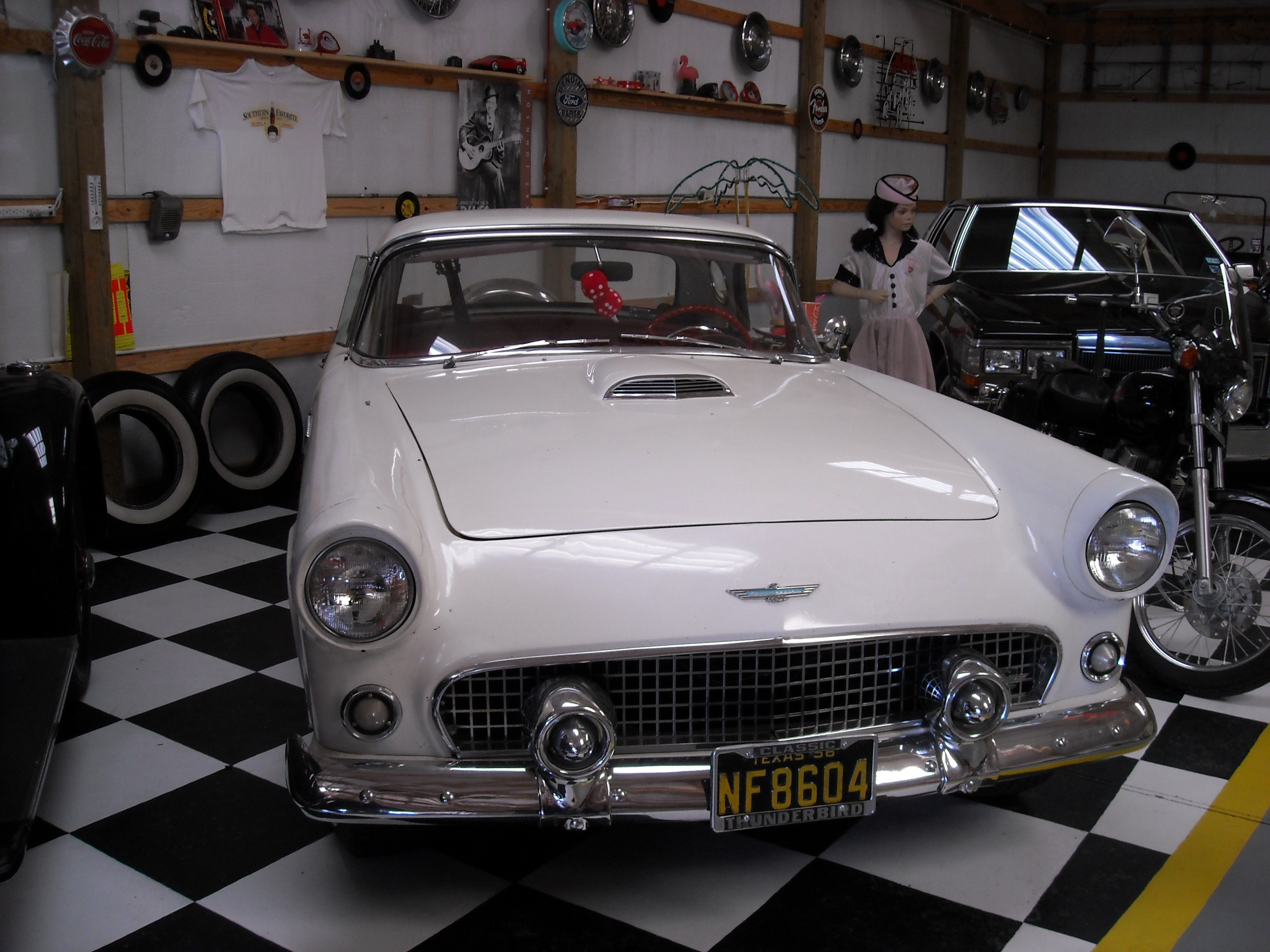 Another texasayers 1956 Ford Thunderbird post... - 12664106