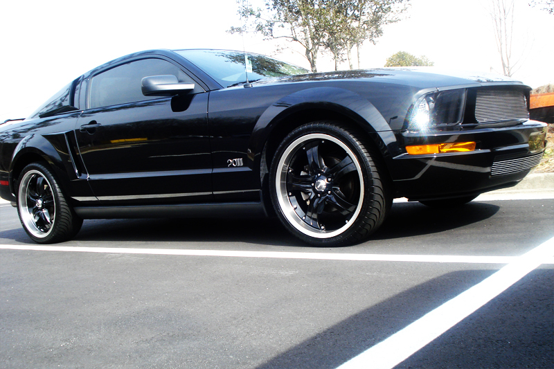Another mrblong 2006 Ford Mustang post... - 12672272