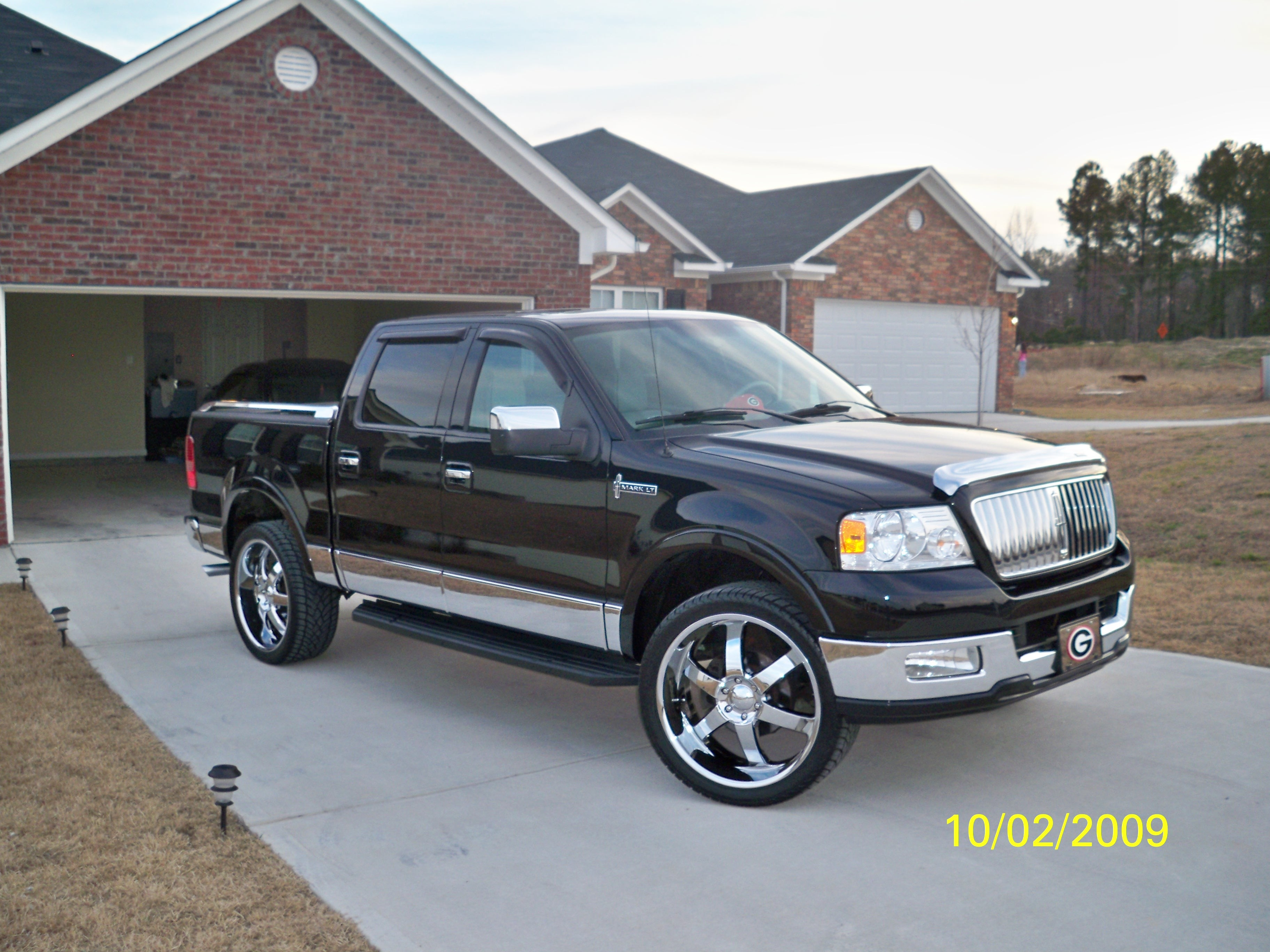 marquetubbs 2006 Lincoln Mark LT Specs s Modification Info at