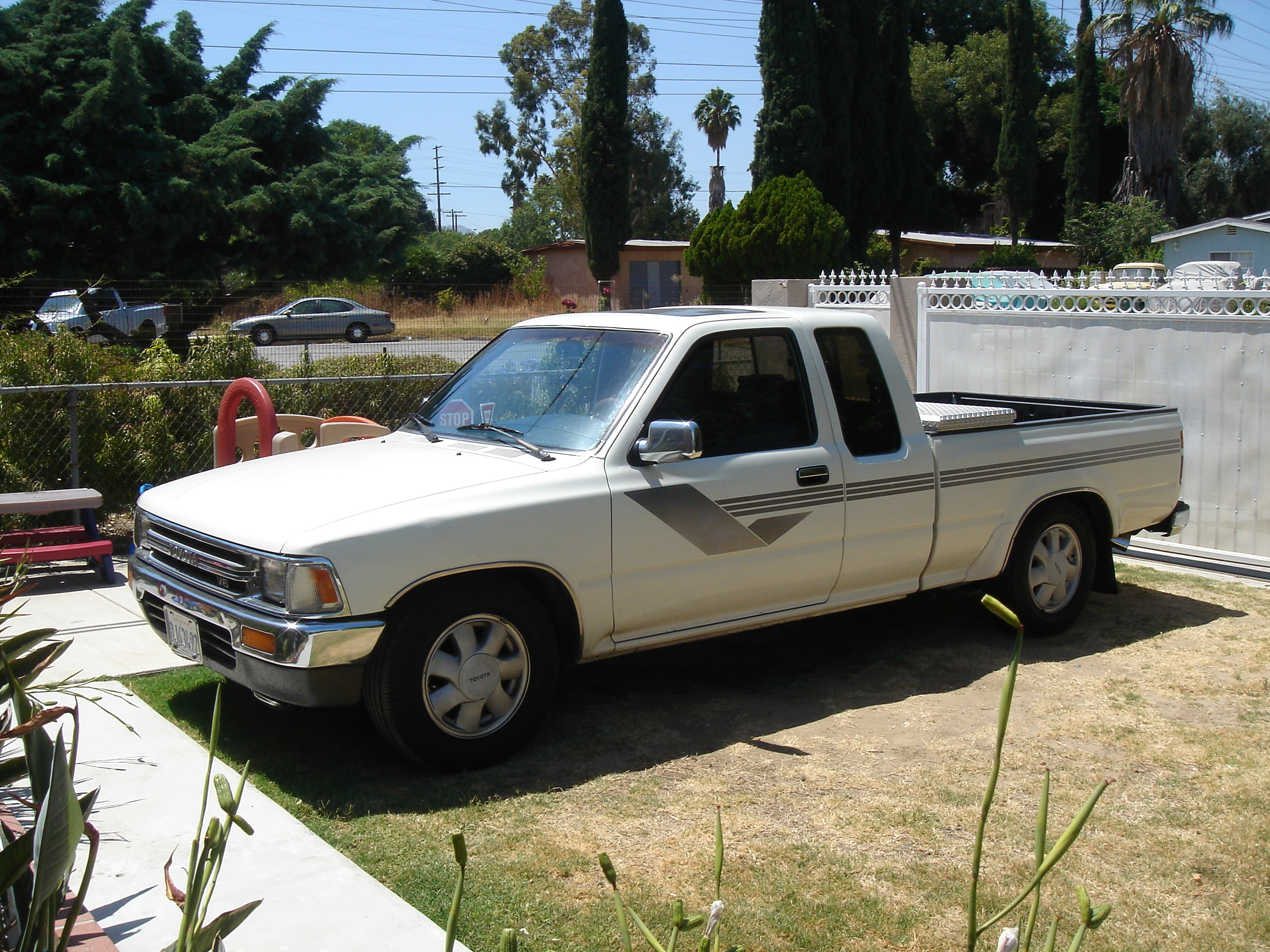 Another UNTOUCHABLES_TOW 1990 Toyota Regular Cab post... - 12687509