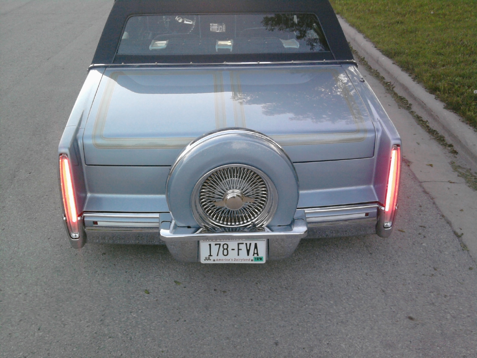 Another teppista 1991 Cadillac DeVille post... - 11811401