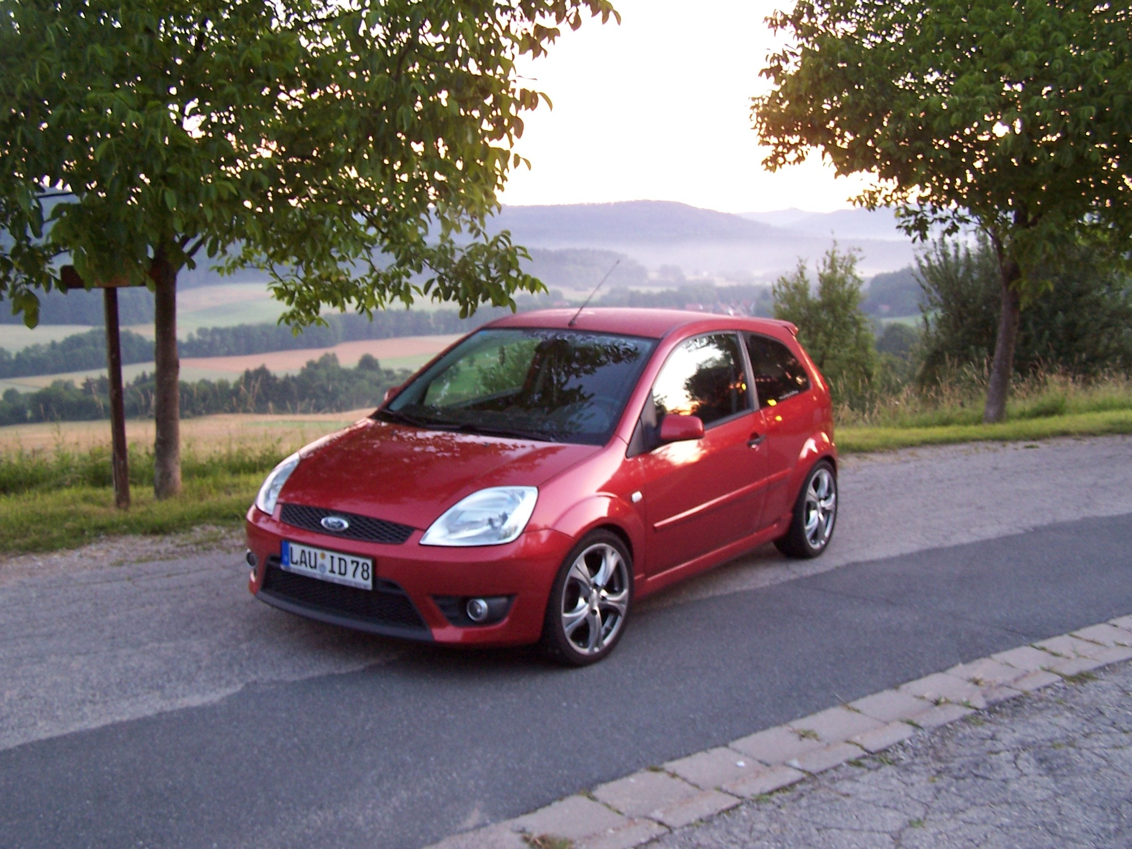 Ford Fiesta 2006 : fips16v 2006 ford fiesta specs photos modification info ~ Nature-et-papiers.com Idées de Décoration
