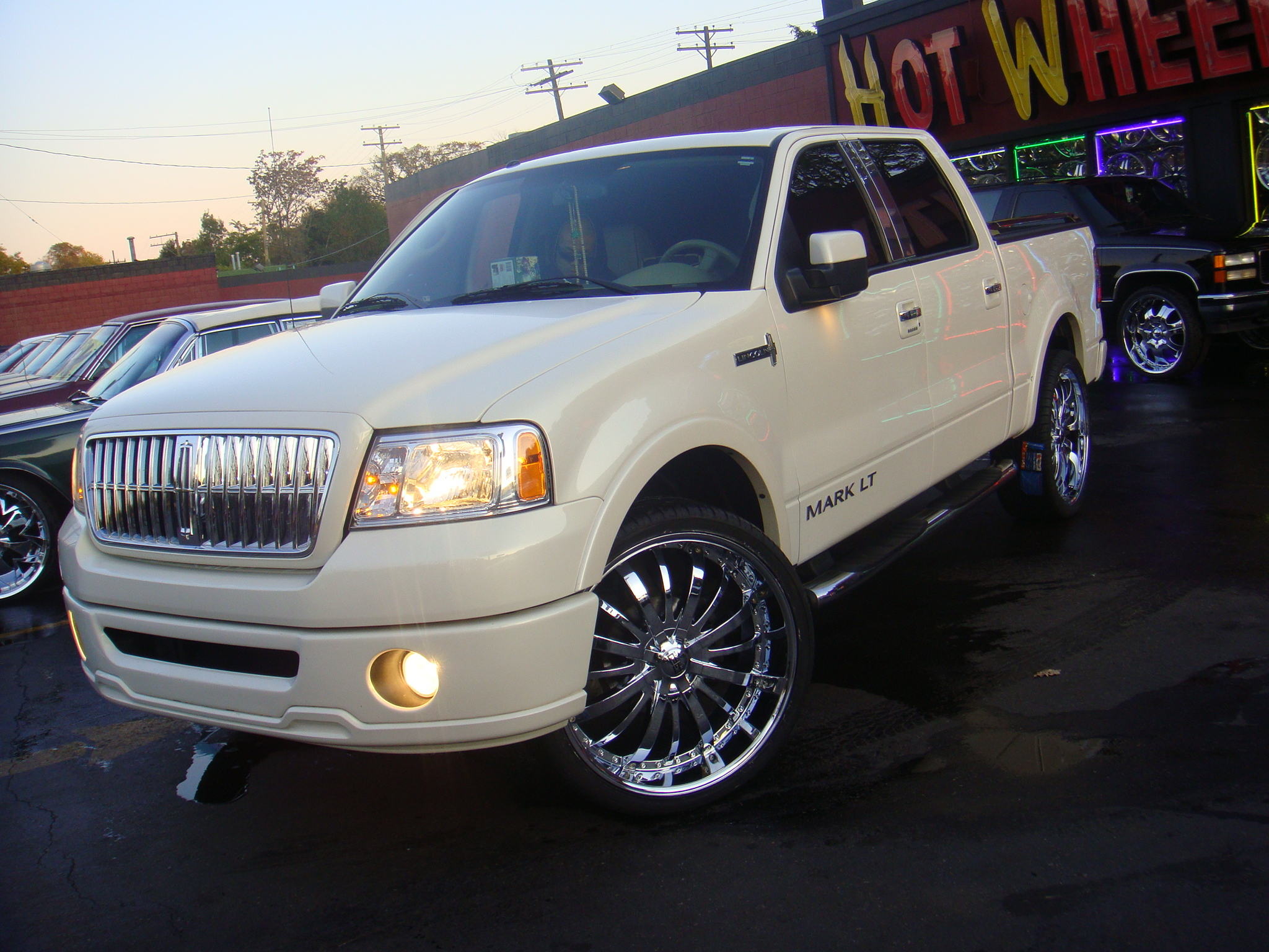 h0tb0y051 2008 Lincoln Mark LT