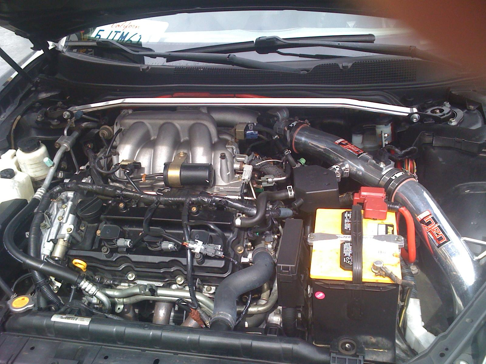 2004 nissan maxima engine