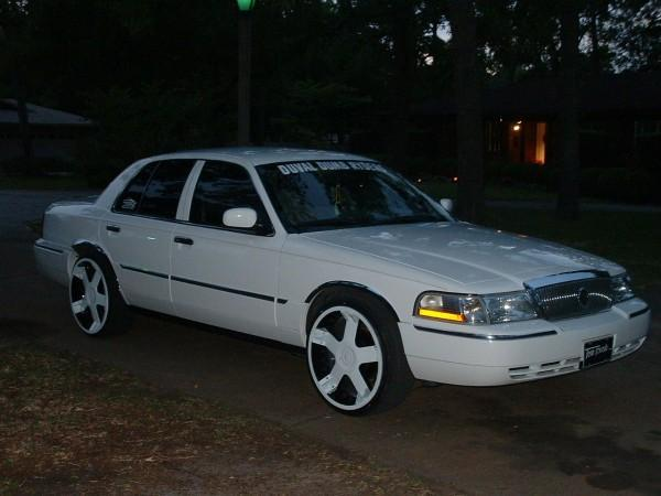Another DuvalDumbRyders 2004 Mercury Grand Marquis post... - 12698263