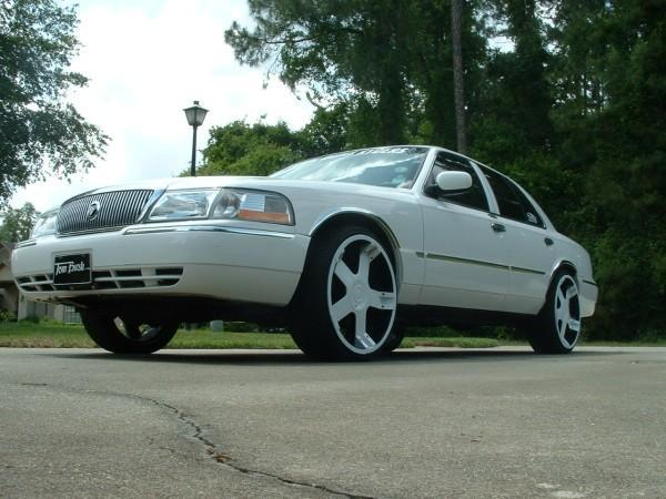 Another DuvalDumbRyders 2004 Mercury Grand Marquis post... - 12698268